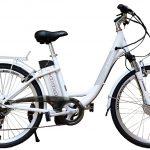 De zomer in met een elektrische fiets