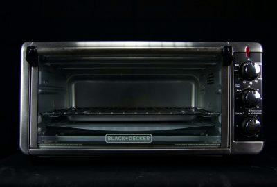 Met deze schoonmaak tips lijkt je oven weer als nieuw!